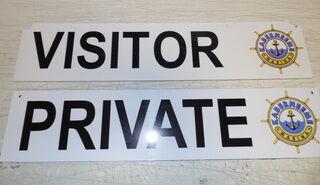 Plastikust sildid - visitor, private