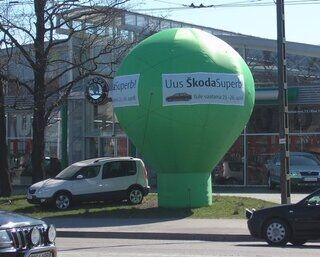 6m kõrgune reklaampalll Skoda
